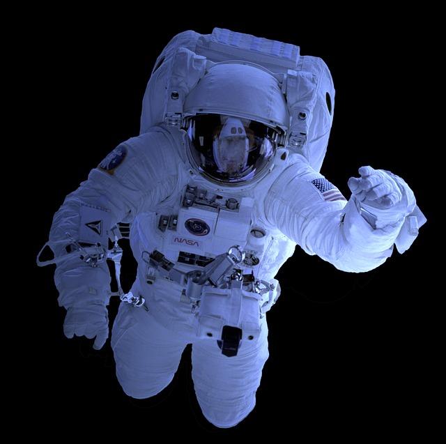 astronaut-1848839_640