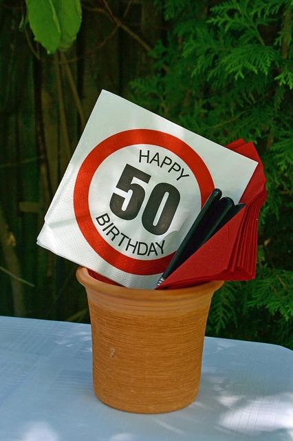 fiftieth-birthday-1651166_640