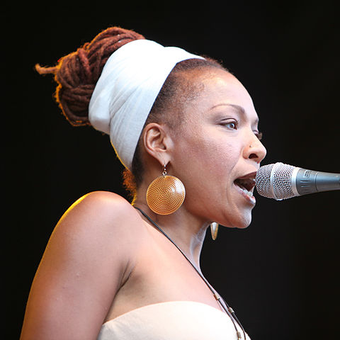 480px-Lisa_Simone_at_Stockholm_Jazz_Fest_2009